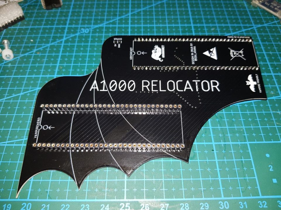 Amiga 1000 Relocator Adapter Board eliminates Unwanted contact